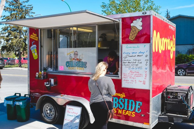 Murrys Curbside Treats N' Eats